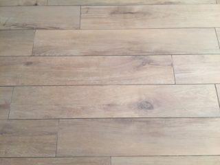 Houtlook tegels 20x120 cm DC1 bruin