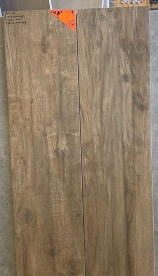 Houtlook tegel 30x120 cm donker bruin