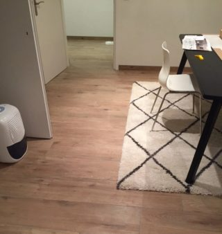 Keramisch parket 27×163 cm Bruin DC1 in de woonkamer