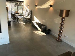 Vloertegel 100×100 cm Betonlook Grijs CC3 ook leverbaar in 50x100 cm, 60x120 cm, 80x80 cm, 60x60 cm en 30x60 cm