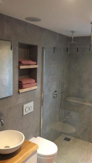 Vloertegel 80x80 cm Betonlook Ariel Grijs Nr. 12 Deze vloertegel is ook beschikbaar in 30x60 cm en 60x60 cm