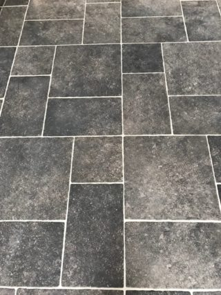 Vloertegel mix romaans verband belgisch hardsteen zwart E12