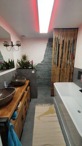 Wandtegel 10×40 cm groen roest A91 in de badkamer