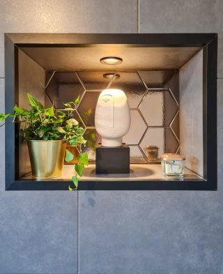 Wandtegel 15×17 cm Hexagon martini goud D3 in de nis