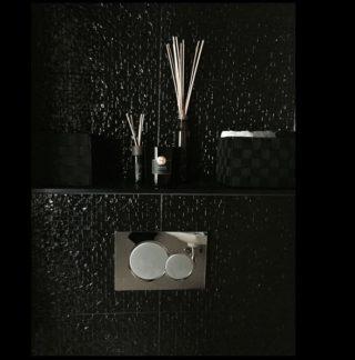 Wandtegel 33x65 cm shine zwart mooi op de wand