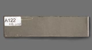 Wandtegel 7.5×30 cm taupe A122 is geschikt voor badkamer, keuken of toilet
