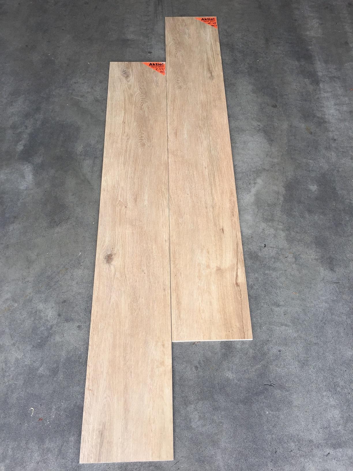 houtlook tegel 27x163 cm DC 1