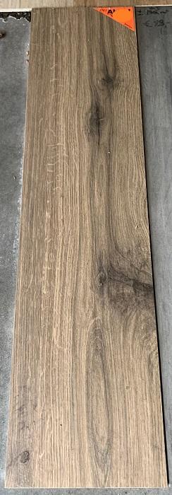 keramisch parket 30x120 cm bruin met zwarte noesten