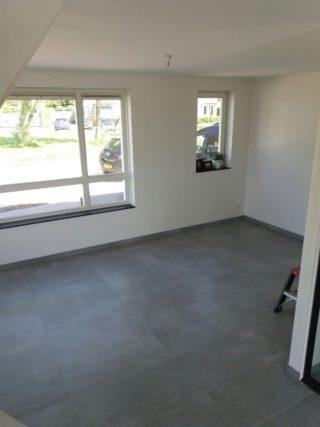 Vloertegel 60x60 betonlook grijs H96 Fairy Dark is geschikt voor vloerverwarming