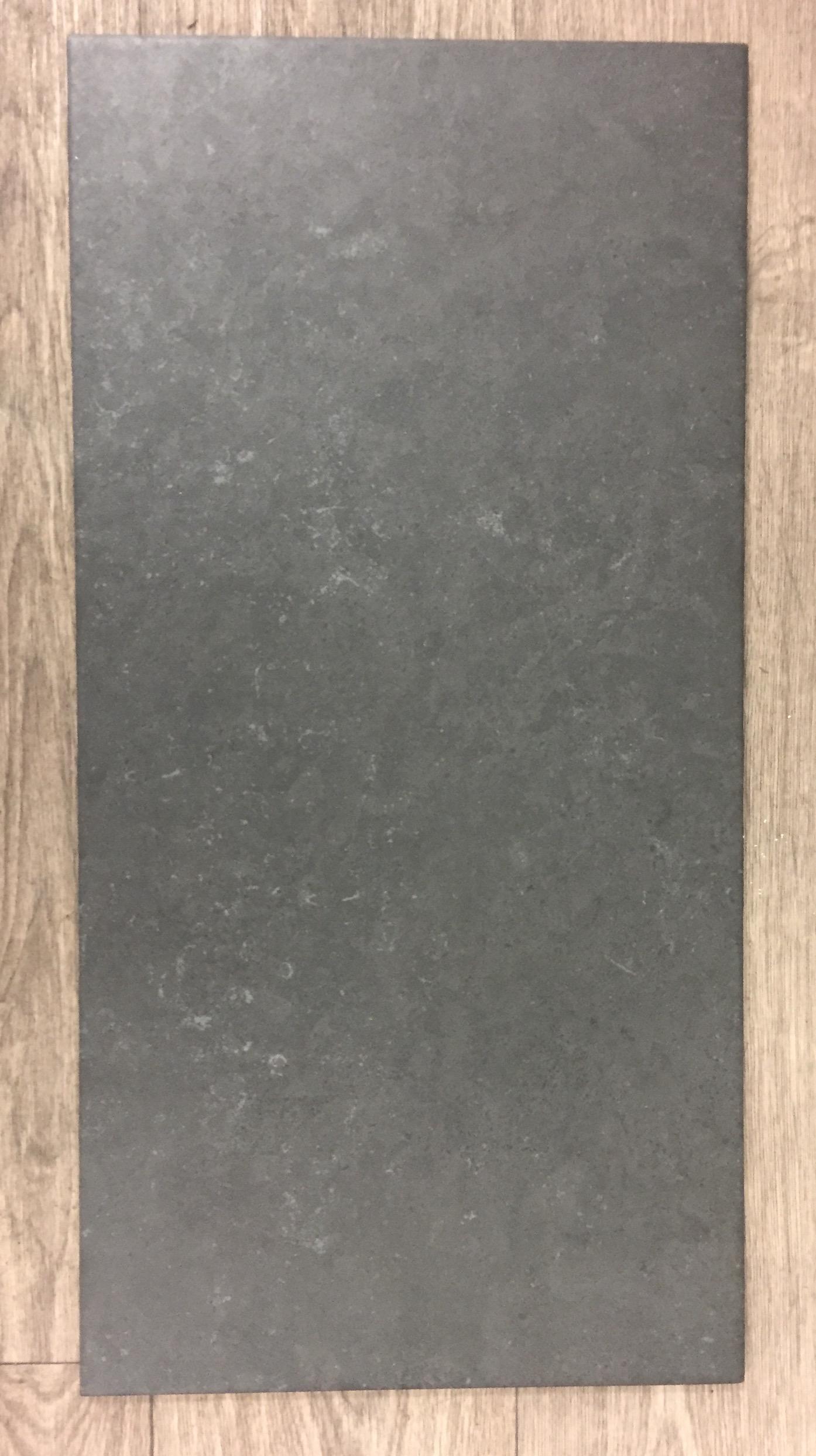 vloertegel 30x60 cm venice antraciet in de keuken
